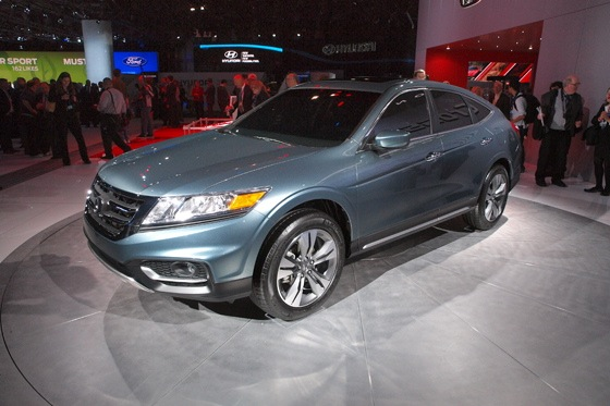 2013 Honda Crosstour Concept: New York Auto Show featured image large thumb17