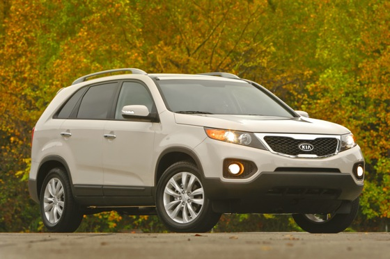 SUV Deals: March 2012 featured image large thumb4