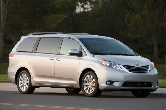 Minivan Deals: March 2012 featured image large thumb4