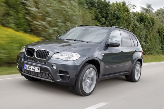 Luxury SUV Deals: April 2012 featured image large thumb1