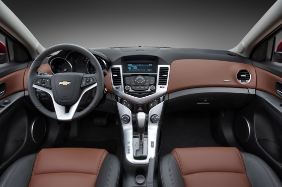 2012 Chevrolet Cruze: New Car Review featured image large thumb6