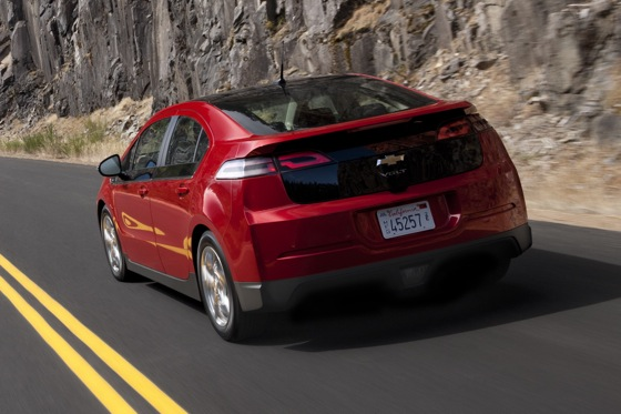 2013 Chevrolet Volt: New Car Review featured image large thumb8
