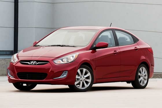 2012 Hyundai Accent: New Car Review featured image large thumb0