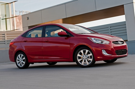 2012 Hyundai Accent: New Car Review featured image large thumb2