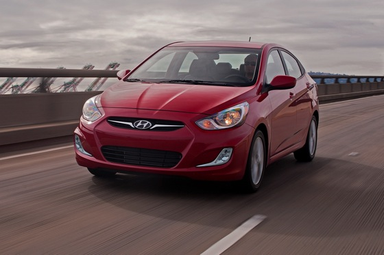2012 Hyundai Accent: New Car Review featured image large thumb3