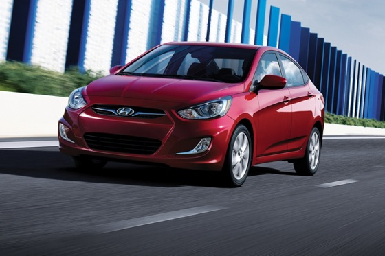2012 Hyundai Accent: New Car Review featured image large thumb4