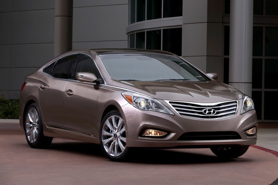 2012 Hyundai Azera: New Car Review featured image large thumb2