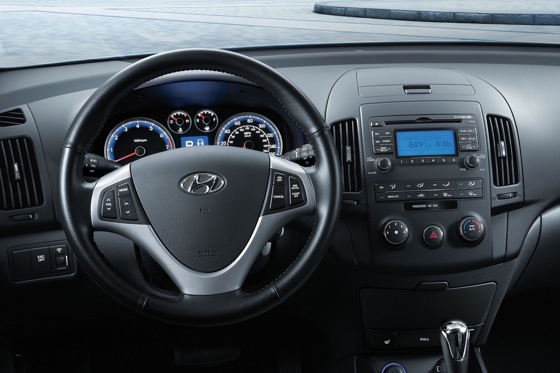 2012 Hyundai Elantra Touring: New Car Review featured image large thumb3