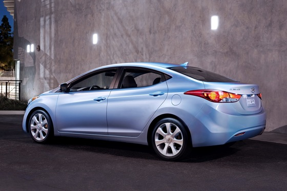 2012 Hyundai Elantra: New Car Review featured image large thumb3