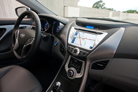 2012 Hyundai Elantra: New Car Review featured image large thumb10