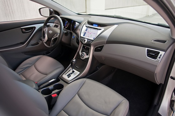2012 Hyundai Elantra: New Car Review featured image large thumb11
