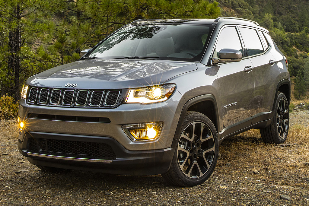 2018 Jeep Compass 1 of 6