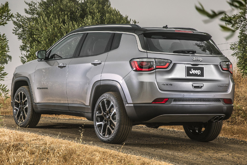 2018 Jeep Compass 3 of 6