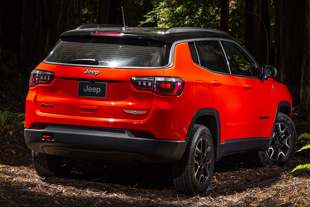 2018 Jeep Compass 5 of 6