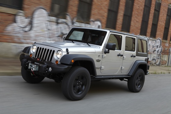 2013 Jeep Wrangler: New Car Review featured image large thumb4