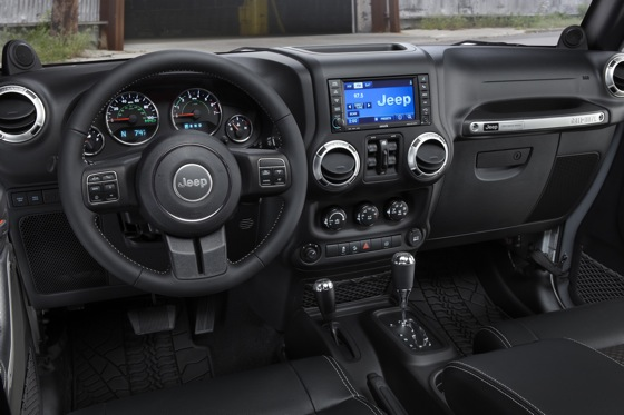 2012 Jeep Wrangler: New Car Review featured image large thumb8