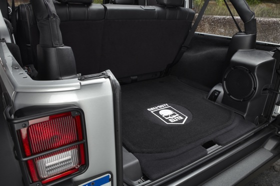 2012 Jeep Wrangler: New Car Review featured image large thumb10
