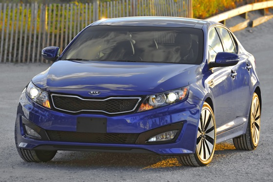 2013 Kia Optima: New Car Review featured image large thumb31