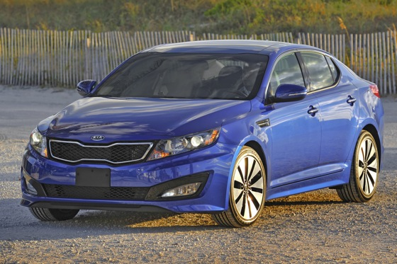 2013 Kia Optima: New Car Review featured image large thumb32
