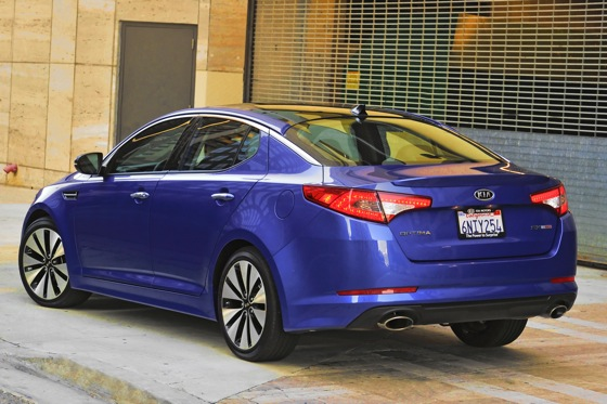 2013 Kia Optima: New Car Review featured image large thumb40