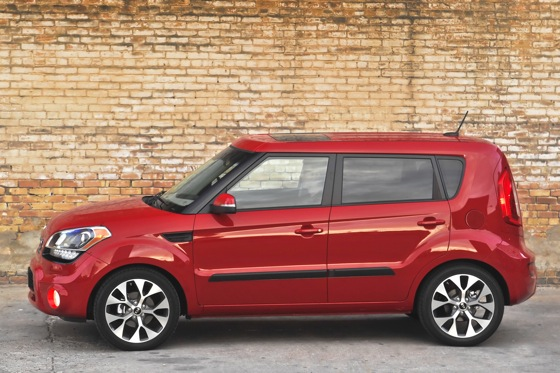 2013 Kia Soul: New Car Review featured image large thumb6