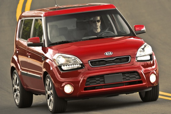 2013 Kia Soul: New Car Review featured image large thumb17