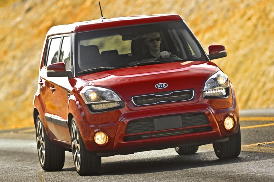 2013 Kia Soul: New Car Review featured image large thumb19