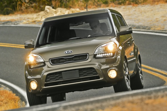 2013 Kia Soul: New Car Review featured image large thumb31
