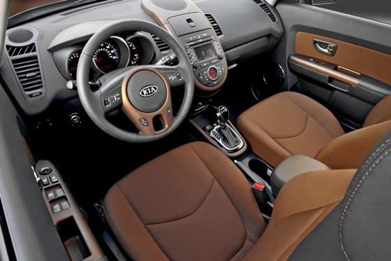 2013 Kia Soul: New Car Review featured image large thumb39