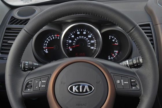 2013 Kia Soul: New Car Review featured image large thumb42