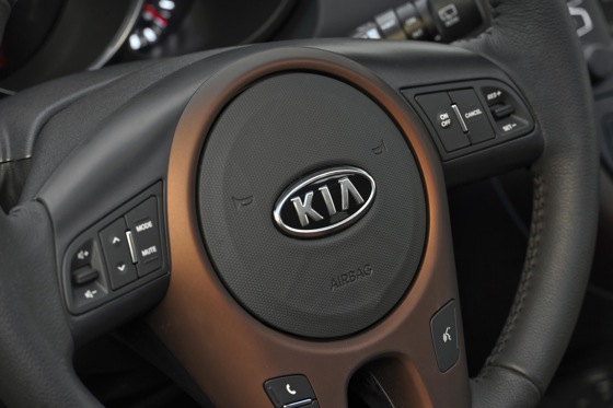 2013 Kia Soul: New Car Review featured image large thumb43