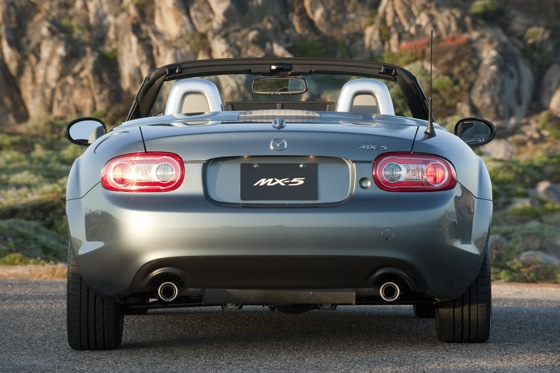 2013 Mazda MX-5 Miata: New Car Review featured image large thumb4