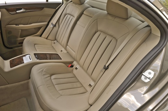 2012 Mercedes-Benz CLS550: New Car Review featured image large thumb8