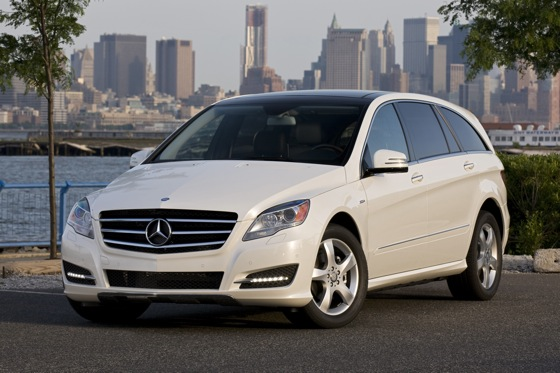 2012 Mercedes-Benz R-Class: New Car Review featured image large thumb3