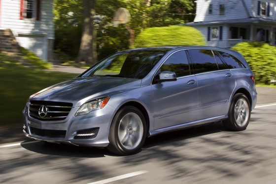 2012 Mercedes-Benz R-Class: New Car Review featured image large thumb20