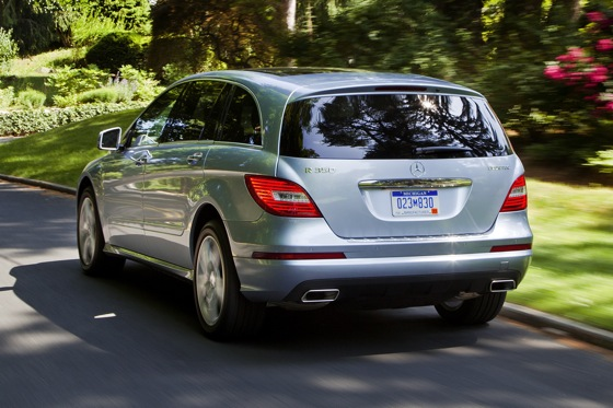 2012 Mercedes-Benz R-Class: New Car Review featured image large thumb21