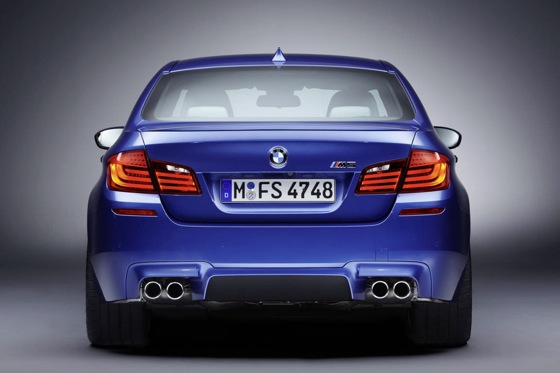 First Drive: 2013 BMW M5 featured image large thumb4