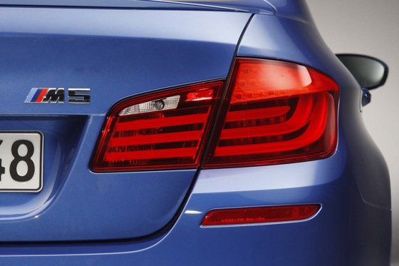First Drive: 2013 BMW M5 featured image large thumb5