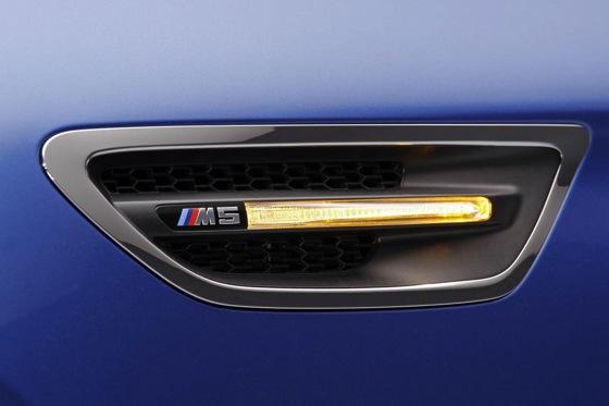 First Drive: 2013 BMW M5 featured image large thumb9
