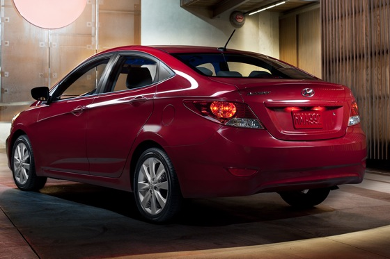 2012 Hyundai Accent: First Drive featured image large thumb5