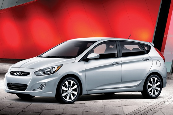 2012 Hyundai Accent: First Drive featured image large thumb24