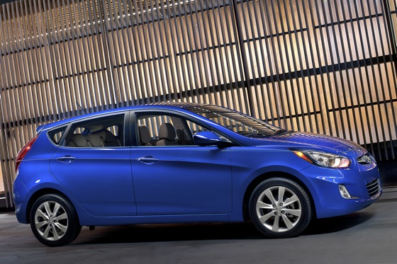2012 Hyundai Accent: First Drive featured image large thumb14