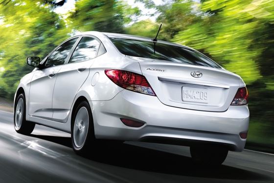 2012 Hyundai Accent: First Drive featured image large thumb23