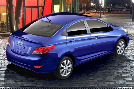 2012 Hyundai Accent: First Drive featured image large thumb19