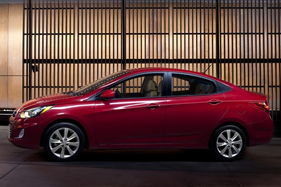 2012 Hyundai Accent: First Drive featured image large thumb4