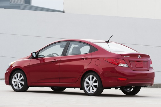 2012 Hyundai Accent: First Drive featured image large thumb2