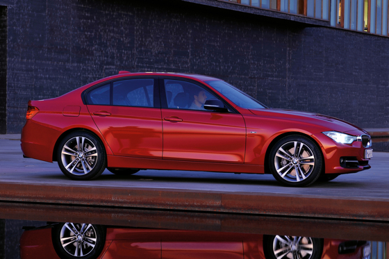 BMW Introduces Sixth-Generation 3 Series Sedan featured image large thumb1