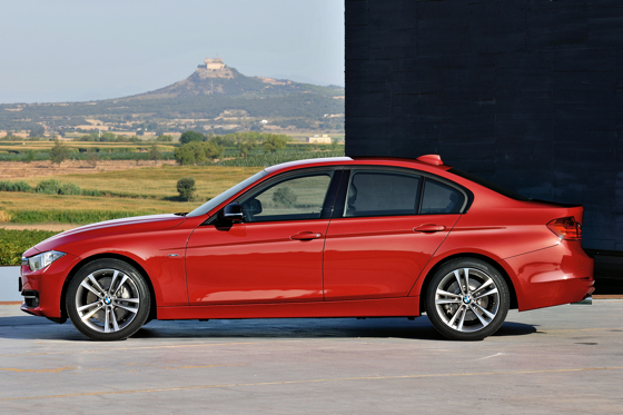 BMW Introduces Sixth-Generation 3 Series Sedan featured image large thumb4