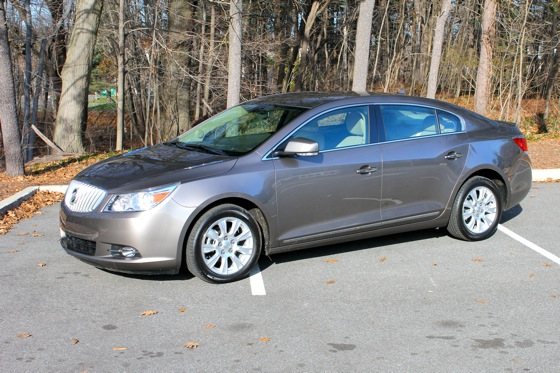 2013 Buick LaCrosse: New Car Review featured image large thumb4