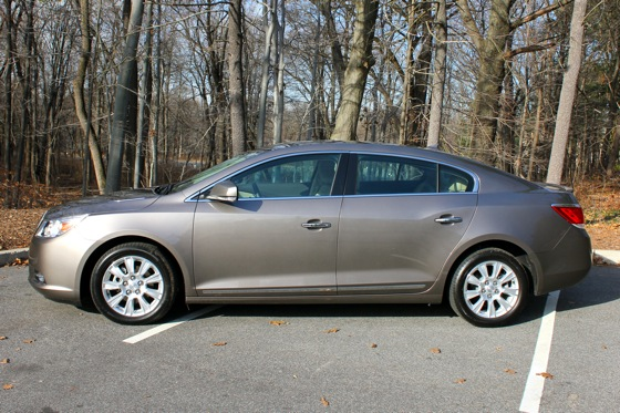 2013 Buick LaCrosse: New Car Review featured image large thumb5